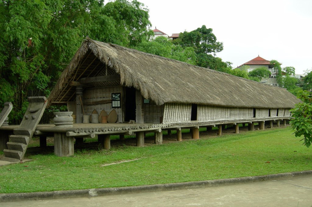 Need to preserve stilt houses of ethnic minorities in the Central Highlands