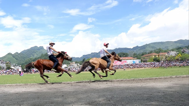 History of Bac Ha, Lao Cai horse racing festival