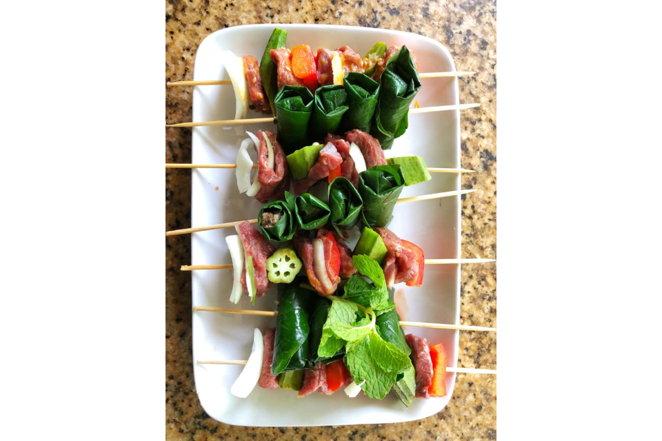 Skewers of Beef and Lettuce Cow