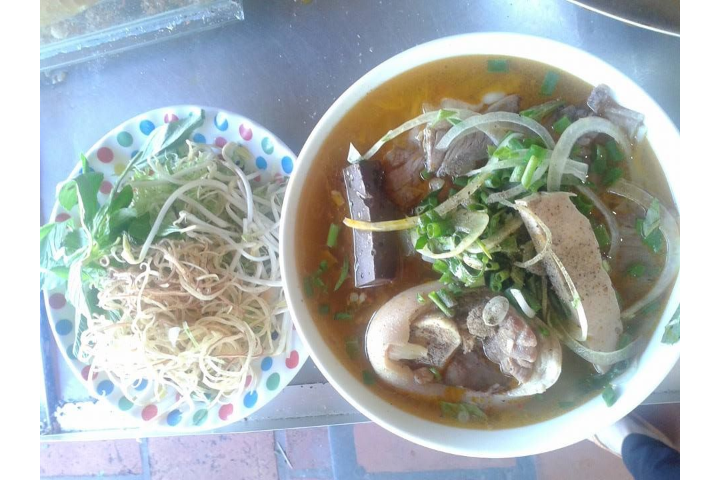 Bun Bo Mixed