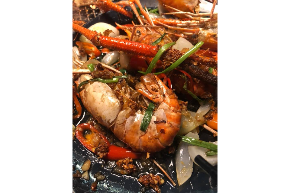 Stir-fried Blue Crayfish