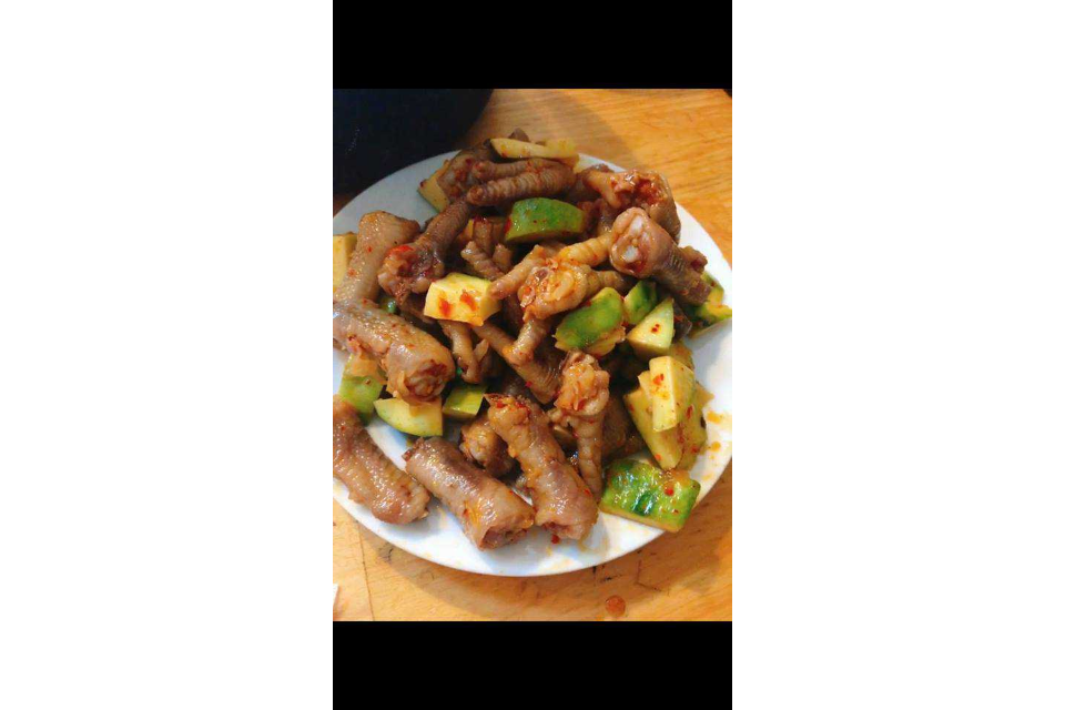 Shake Xoai Chicken Feet