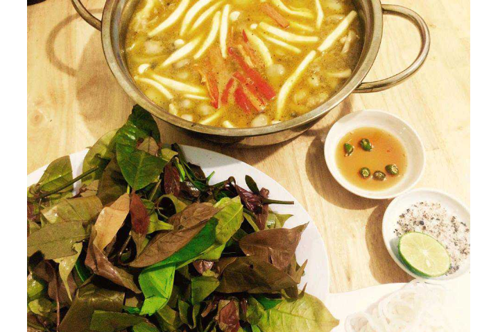 Chicken Hotpot  Forest Leaves