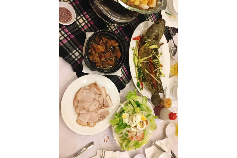 Boiled Meat, Chicken Warehouse, Fried Snakehead Fish, Salad