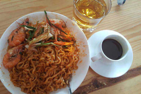 Spicy Noodle, Milk Coffee