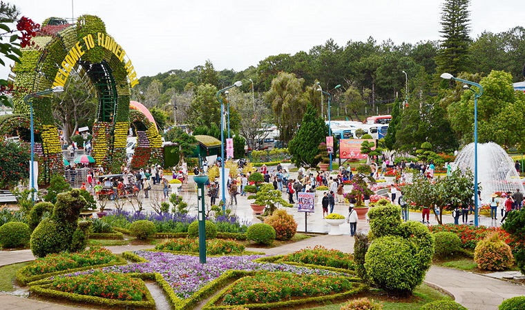 Dalat Welcome Activities 125 Years of Formation and Development
