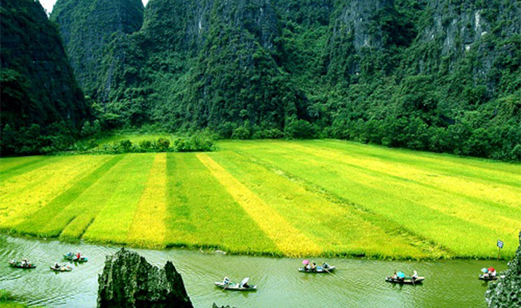 Ninh Binh is the top tourist destination in the world in 2018