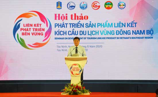 Enterprises in 6 provinces and cities of the Southeast signed tourism cooperation