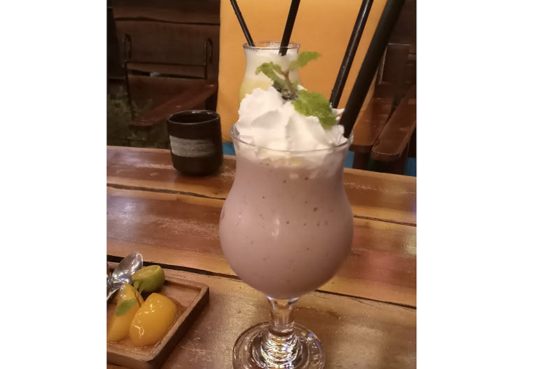Smoothies việt quất