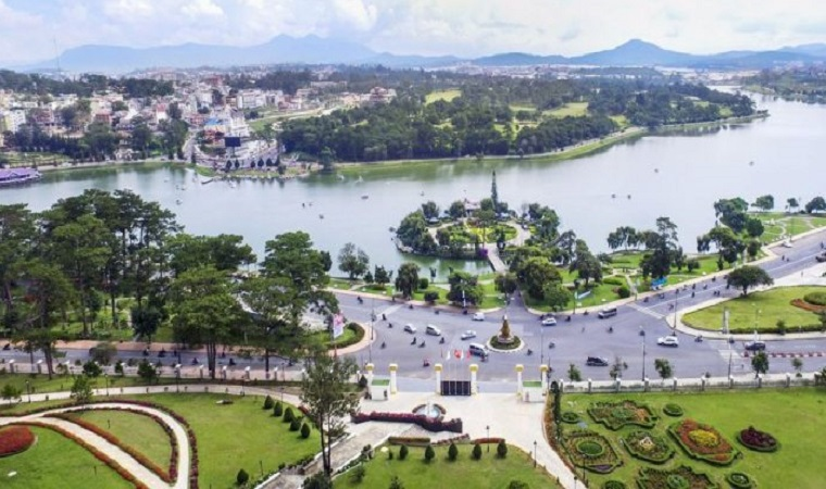 Organize a conference to plan the organization and implementation of activities to celebrate the 125 th anniversary of Dalat's formation and development